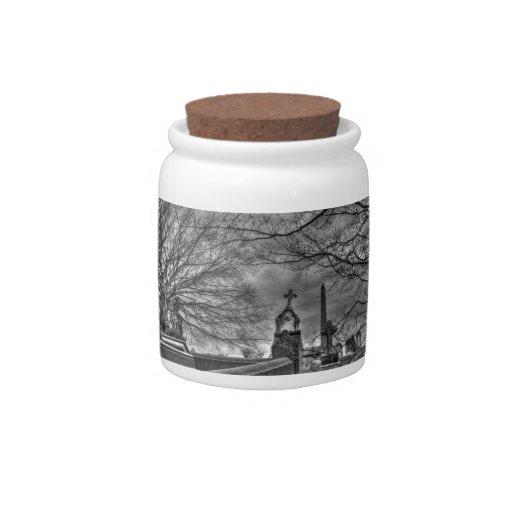 cementerio misterioso jarras para caramelos