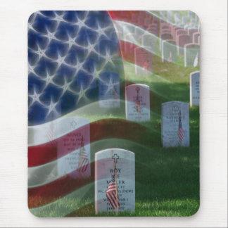 Cementerio nacional de Arlington, bandera Alfombrillas De Ratón
