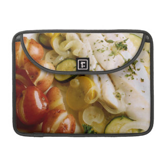 Cena cocida de los pescados funda para macbook pro