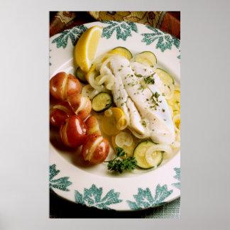 Cena cocida de los pescados poster