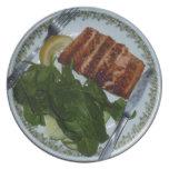 Cena de color salmón platos para fiestas