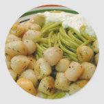 Cena de la comida de las pastas de los mariscos de etiqueta redonda