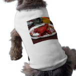 Cena de la langosta camisa de perrito