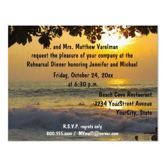 Cena de oro del ensayo de la puesta del sol invitación 10,8 x 13,9 cm