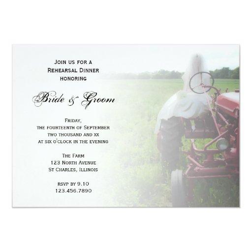 Cena del ensayo del país de la novia y del tractor invitaciones personales