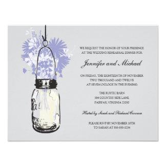 Cena del ensayo - flores salvajes y tarro de albañ invitaciones personales