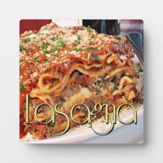 Cena del Lasagna en el restaurante italiano Placa Para Mostrar