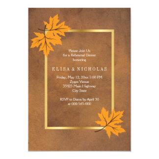 """Cena marrón del ensayo del boda de las hojas de invitación 5"""" x 7"""""""