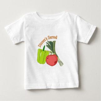 Cena servida tshirts