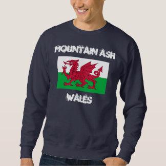 Ceniza de montaña, País de Gales con la bandera Sudaderas Encapuchadas
