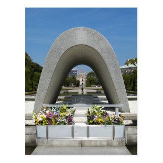 Cenotafio del monumento de Hiroshima Postal
