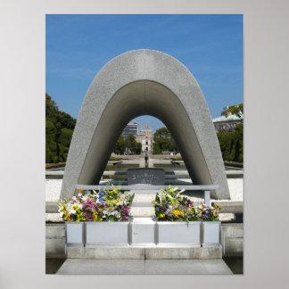Cenotafio del monumento de Hiroshima Póster