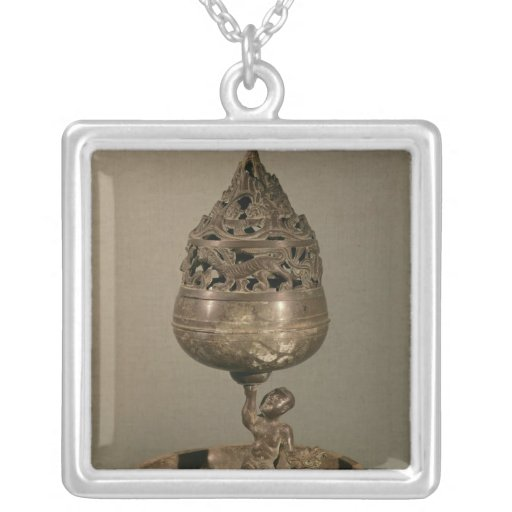 Censer in the shape of 'po-shan-lu' square pendant necklace