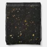 Centenares de galaxias jovenes