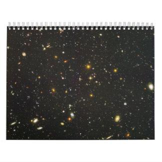 Centenares de galaxias jovenes calendarios de pared