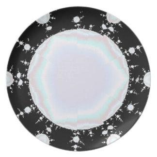 Center Pearl Design Plate