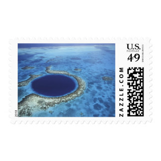 CENTRAL AMERICA, Belize, Large coral reefs off Postage