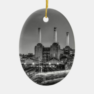 Central eléctrica de Battersea del paso de los Adorno Navideño Ovalado De Cerámica