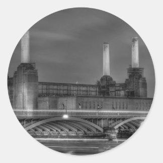 Central eléctrica de Battersea del paso de los Pegatina Redonda