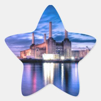 Central eléctrica de Battersea en la noche Pegatina En Forma De Estrella