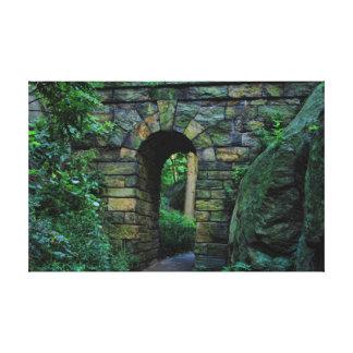 Central Park: Arco de piedra del paseo Impresión En Lona Estirada