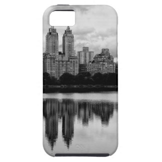 Central Park horizonte de NYC iPhone 5 Case-Mate Fundas