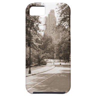 Central Park in New York City during the summer. iPhone SE/5/5s Case