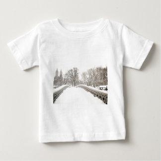 Central Park Winter Romance - Bow Bridge Baby T-Shirt