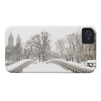 Central Park Winter Romance - Bow Bridge iPhone 4 Cover