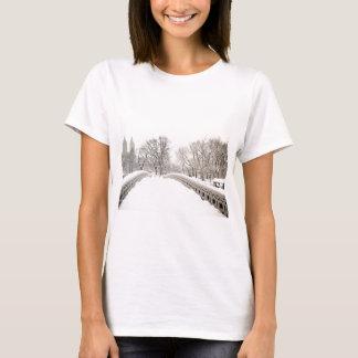 Central Park Winter Romance - Bow Bridge T-Shirt