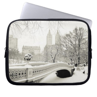 Central Park Winter - Snow on Bow Bridge Laptop Sleeve