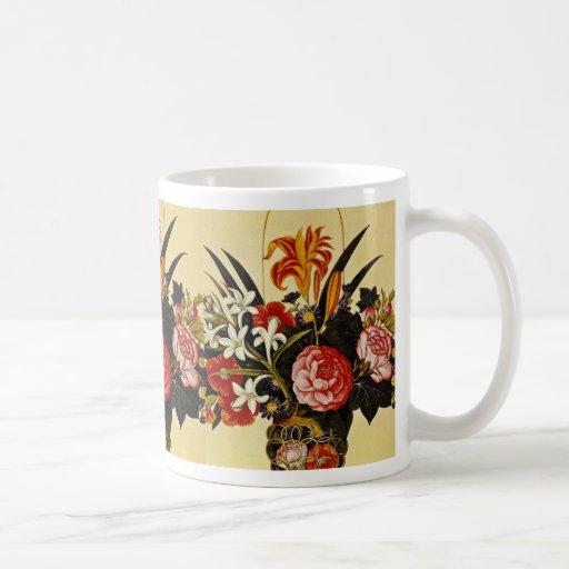Centro de flores blanca, flores desconocidas del a taza