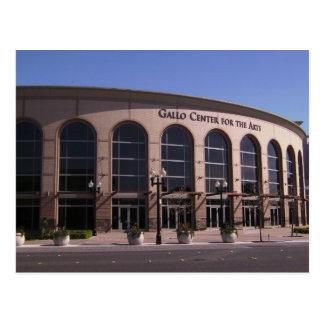 Centro de Gallo para la postal de los artes