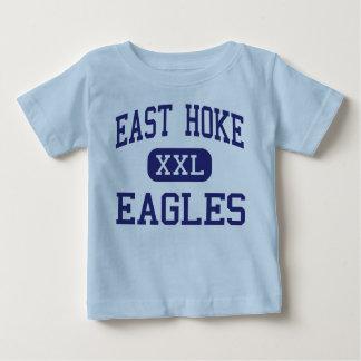Centro del este Raeford de Hoke Eagles Playera Para Bebé