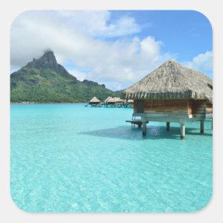 Centro turístico de Overwater en Bora Bora Pegatina Cuadrada