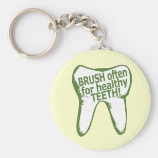 Cepillo a menudo para los dientes sanos llavero redondo tipo pin