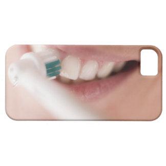 Cepillo de dientes eléctrico. Estos dispositivos iPhone 5 Funda