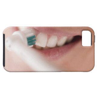 Cepillo de dientes eléctrico. Estos dispositivos iPhone 5 Fundas