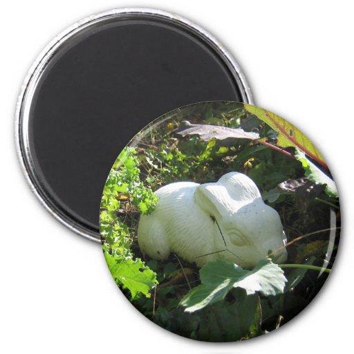 Ceramic Bunny 2 Inch Round Magnet