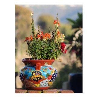 Cerámica colorida con las flores [aún vida] tarjetas postales