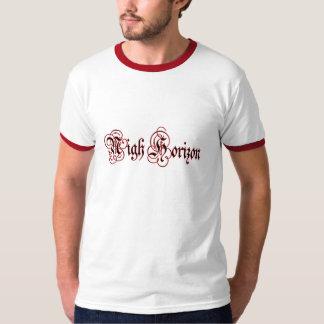 Cerca camiseta del campanero del logotipo de la playeras
