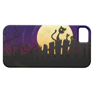 Cerca de Halloween iPhone 5 Case-Mate Coberturas