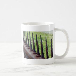Cerca del moho taza
