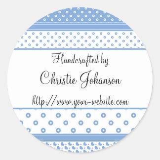 Cerca - diseño azul y blanco hecho a mano del pegatina redonda