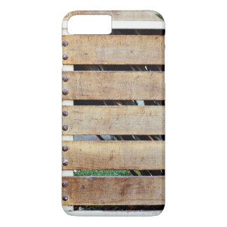 Cerca temática, una cerca de madera clavada a un funda iPhone 7 plus