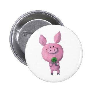 Cerdo afortunado con el trébol afortunado de pin redondo de 2 pulgadas