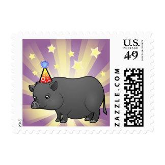 Cerdo de la miniatura del cumpleaños estampilla