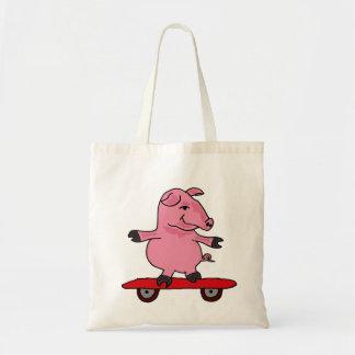 Cerdo del BR en una bolsa de asas del monopatín