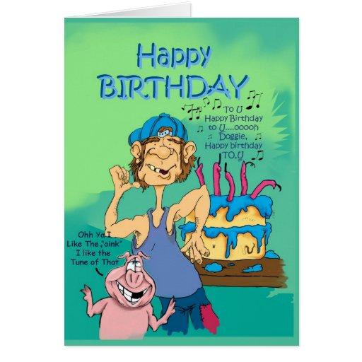 Cerdo del hillbillie n del cumpleaños con la tarjeta de felicitación