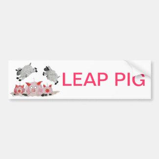 Cerdo del salto por las ovejas de Suffolk Pegatina Para Auto